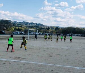 練習試合 5年生 4年生 vs エルニーニョ美和 @川路グラウンドB (2021年4月11日)
